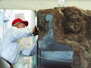 La creazione di una statua di cioccolato