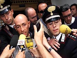 Il Pirata subito dopo l'esclusione al Giro del'99