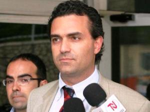 L'ex magistrato, Luigi De Magistris